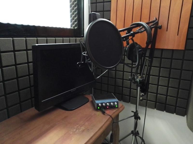 Studio podcast - atelier .b - Reworld Media (photo : PodFrance, Linda Fall)